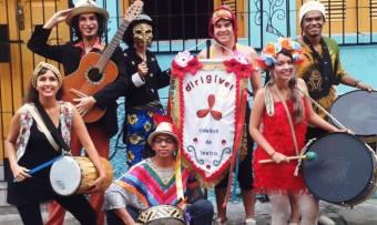 Dirigível Coletivo de Teatro. (Fotos: Divulgação / Facebook)