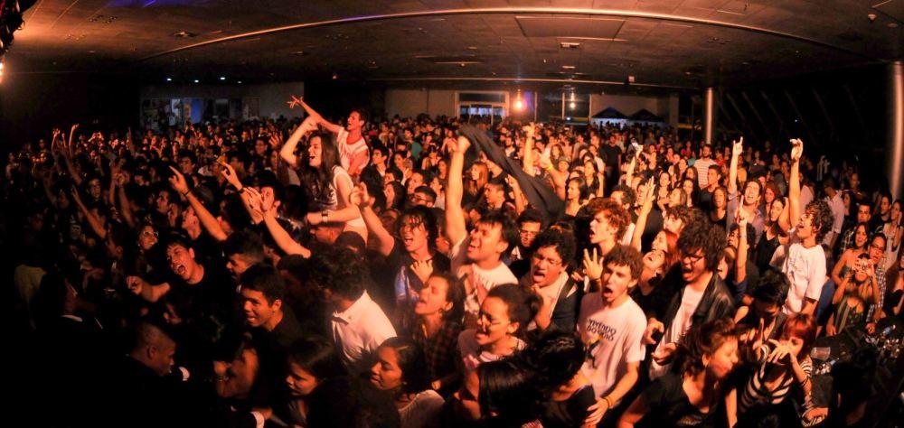 Público lota o Hangar pro Festival Se rasgum 2014. Seletivas de 2015 já estão abertas. (Foto: Divulgação / Se Rasgum)