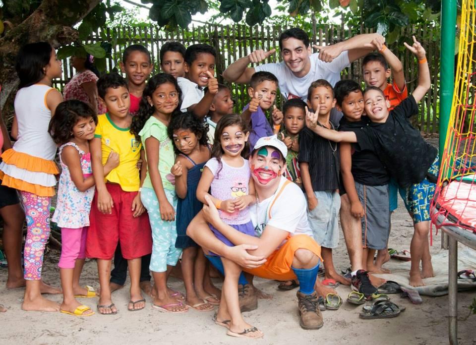 Uma das ações do Projeto Voz Ativa. Ao longo de sete anos, centenas de crianças foram beneficiadas. (Foto: Divulgação)