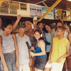 Equipe e elenco de Manas Kill (Foto: Divulgação/Cyn Produções)