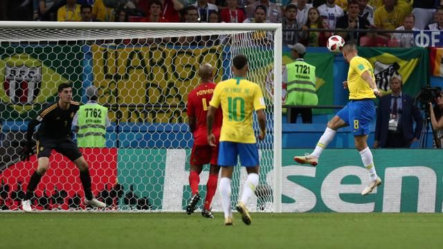 Gol Renato Augusto_Sergio Perez Reuters